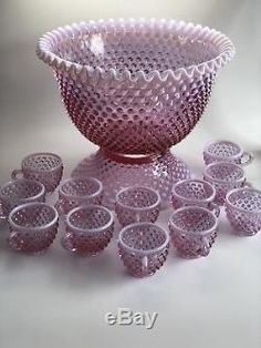 Vintage Fenton Hobnail Rose Magnolia Punchbowl Punch Set & Cups Fenton Glassware, Antique Glassware, Punch Bowl Set, Stained Glass Designs, Purple Glass, Glass Ceramic, Glass Dishes, Carnival Glass, Glass Collection