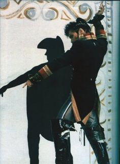 Adam Ant I LOVE THIS POSE !! so so much ...if u know the lyrics of the song , u will get why i love this pose