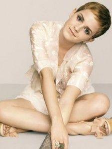 emma watson is such a classic beauty.