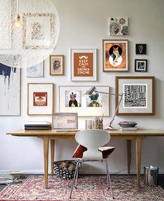 Modern Home Office Inspiration · Workspace Design · Creative Studio · Artist Desk · Gallery Wall Home Office Inspiration, Workspace Inspiration, Interior Inspiration, Inspiration Wall, Interior Ideas, Interior Decorating, Design Interior, Creative Inspiration, Creative Ideas