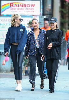 Gigi Hadid looking casual and happy while in New York with her mom | Buy ➜ https://shoespost.com/gigi-hadid-looking-casual-happy-new-york-mom/