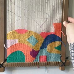 Tapestry Weaving Work in progress. Weaving Loom Diy, Weaving Art, Tapestry Weaving, Hand Weaving, Rug Loom, Weaving Textiles, Weaving Patterns, Stitch Patterns, Knitting Patterns