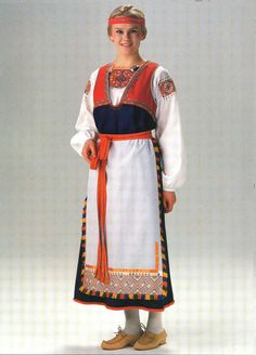 The traditional woman´s dress of Tuuteri, a region in Karelia and part of former Finland. Today belonging to Russia. Material kit from the Finnish crafts shop Helmi Vuorelma Oy Art Costume, Folk Costume, Viking Dress, Costumes Around The World, Historical Clothing, Fashion History, Traditional Dresses, Beautiful Outfits, Folklore