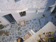greek home A - entrance