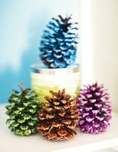Pick out some pine coons and decorate them by putting some glue on them and use different types of colored glitter to make them look as pretty as in the picture for any occasions. Christmas is very considerable to these lovely projects!