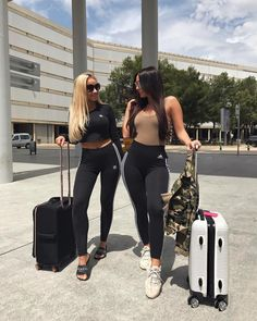 airport outfit – ass arrivals with Tan time Cute Airport Outfit, Airport Travel Outfits, Vacation Outfits, Airport Style, Comfy Travel Outfit, Travel Outfit Summer, Summer Outfits, Pastel Outfit, Sporty Outfits