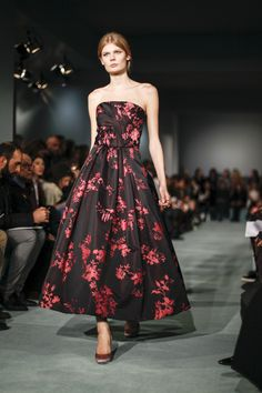 See every look from the Oscar de la Renta Fall 2016 runway show