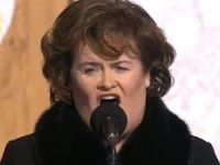 Watch Susan Boyle Sing How Great Thou Art to 65,000 People - Amazing!