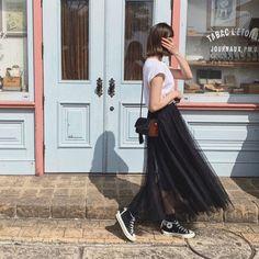 全部3500円以下!人気通販ブランド別「安くて使える絶対買いアイテム」9選 - LOCARI(ロカリ) Tulle, Ballet Skirt, Skirts, Outfits, Instagram, Shoes, Fashion, Moda, Zapatos