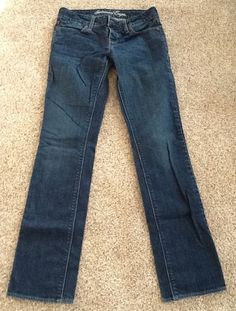 AMERICAN EAGLE DISTRESSED STRAIGHT JEANS SIZE 2 #AmericanEagleOutfitters #STRIAGHT