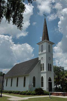 Darien GA McIntosh County United Methodist Church Landmark Pictures Photo Copyright Brian Brown Vanishing South Georgia USA 2010