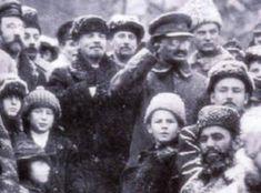 Lenin and Trotsky Manado, Maxim Gorky, Place Rouge, Vladimir Lenin, The Bolsheviks, Hammer And Sickle, Socialism, Che Guevara, In This Moment