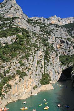 Gorges du Verdon, Lac de St Croix, Provence, France