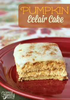 This Pumpkin Eclair cake, made with cinnamon graham crackers, has a creamy and light texture like an eclair. It is such a yummy and easy fall dessert.