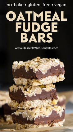 Youve gotta try this easy no-bake Oatmeal Fudge Bars recipe! Its the perfect breakfast or midday treat to satisfy your sweet tooth guilt-free. Best of all its gluten free vegan doesnt require any baking and only 8 ingredients! Gourmet Recipes, Vegan Recipes, Dessert Recipes, Vegan Gluten Free Desserts, Gluten Free List, Best Gluten Free Recipes, Paleo Vegan, Bar Recipes, Gluten Free Chocolate