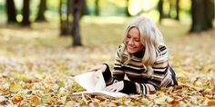 Autumn forest, girl read a book wallpaper Girl Reading Book, Woman Reading, Book Girl, Book Wallpaper, Girl Wallpaper, Mood Images, Forest Girl, Autumn Forest, Girl Pictures