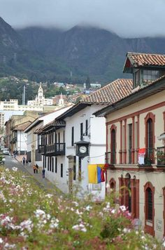 La candelaria, Museo de la Moneda Bogotá D.C. COLOMBIA Places Around The World, Oh The Places You'll Go, Travel Around The World, Places To Visit, Around The Worlds, Top Travel Destinations, Places To Travel, Beautiful Buildings, Beautiful Places