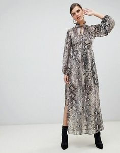 Buy River Island maxi dress with tie neck in snake print at ASOS. Get the latest trends with ASOS now. Red Frock, Snake Skin Dress, Animal Print Dresses, Zara Dresses, Snake Print, Dress Me Up, Vintage Outfits, Vintage Clothing, River Island