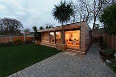 Garden Home 1 460x306 Садовый домик в Англии дерево дача