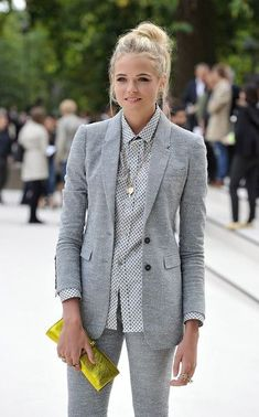 Gabriella Wilde Photos - Gabriella Wilde arrives at the Burberry Spring Summer 2013 Womenswear Show at Kensington Gardens on September 2012 in London, England. - Burberry Spring Summer 2013 Womenswear Show - Arrivals Gabriella Wilde, Dress For Success, Work Fashion, Modest Fashion, Gothic Fashion, Style Fashion, Casual Outfits, Cute Outfits, Cooler Look