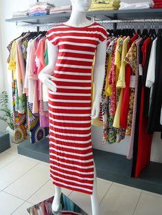 pensare che tutto sia possibile mi rende viva .. colora la tua estate, con nuovi arrivi .... red passion .. #spring #summer #collection 2015 .... #swagstoretimodellalavita #swagstore #swag .. #love #fashion and #selfie .... #sandonadipiave #jesolo #venezia #italia #italy