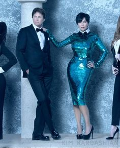 Kim Kardashian wears a tuxedo for her family's sleek black tie Christmas card Kardashian Family, Kardashian Jenner, Fashion Couple, Diva Fashion, Kardashian Christmas Card, Kris Jenner Style, Wearing A Tuxedo, Bruce Jenner, Family Christmas Cards