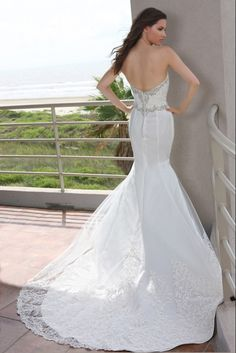 Style 50255 » Wedding Gowns » DaVinci Bridal » Available Colours : Ivory, White (back)