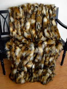 Faux Fur Throw Blanket, Rich Brown Tones Faux Fur, Lap Blanket, Fur Bedding, Blanket Throw Faux Fur Blanket, Lap Blanket, Faux Fur Throw, Faux Fur Bedding, Fake Fur, Different Textures, Warm And Cozy, Throw Blankets, Bed Covers