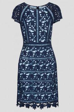 Koronkowa sukienka o linii A | ORSAY