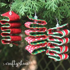 AllFreeChristmasCrafts has Christmas crafts for kids and adults. You'll find glitter ornaments, snowman Christmas crafts,Christmas angel crafts, recycled card projects, free projects and DIY gift ideas as well as Christmas craft and decoration ideas. Fabric Christmas Ornaments, Diy Christmas Decorations Easy, Christmas Sewing, Christmas Crafts For Kids, Homemade Christmas, Holiday Crafts, Christmas Diy, Glitter Ornaments, July Crafts