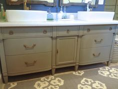 49 ideas annie sloan painted furniture french linen bathroom vanities for 2019 Annie Sloan Chalk Paint French Linen, Annie Sloan Painted Furniture, Annie Sloan Paints, Small Apartment Furniture, Painted Bedroom Furniture, Bathroom Furniture, Painting Furniture, Living Room Furniture Arrangement, Furniture Layout