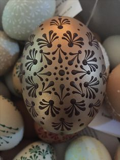Best 12 DIY How to Make this Reliëf Egg Art. Not only for Easter but a great DIY for Christmas Ornaments too – SkillOfKing. My First Easter, Egg Art, Egg Decorating, Egg Shells, Lithuania, Poland, Blue And Silver, Easter Eggs, Projects To Try