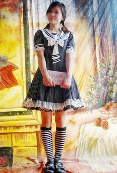 Cotton tailored V-neck classic sailor lolita dress, comes in white black strips design. Style Édouardien, Living Dolls, White Strips, Edwardian Fashion, Lolita Dress, Japanese Fashion, Gothic Lolita, Dress P, Sailor