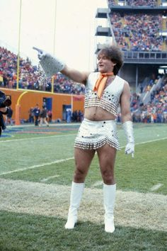 vintage everyday: Fascinating Photographs of Robin Williams as a Cheerleader for the Denver Broncos Football Team in 1979