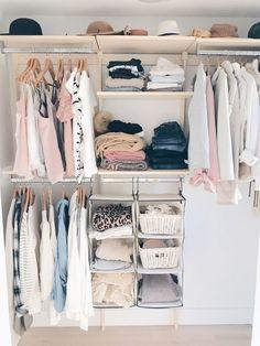 Ideas small closet decor organizing walk in Organizing Walk In Closet, Walk In Closet Small, Hanging Closet Organizer, Walk In Closet Design, Closet Designs, Closet Hacks, Organizing Tips, Maximize Closet Space, Organized Closets
