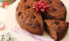 This Christmas cake has just three ingredients! It is super-easy and it's perfect for cooking with the kids or when you are on a budget.