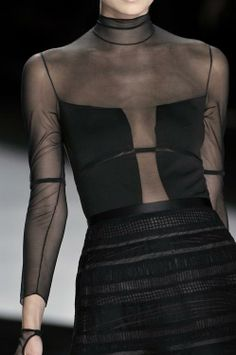 Valentino e Givenchy - Mode - Couture Mode, Style Couture, Couture Fashion, Runway Fashion, Womens Fashion, Fashion Trends, Fashion Details, Look Fashion, High Fashion