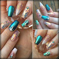 Visit www.oceansofbeauty.com for EZ Dip Gel Powder. It is so easy to DIY EZdip! No lamps needed, lasts 2-3 weeks! #unicorn #unicornnails #girlynails #ezdipnails #dipnails #sparkleandco #nails #manicure #ezdip #gelnails #nailart