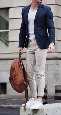 Mens fashion - 7 Simple Accessories That Make Any Man More Attractive No Matter His Style mensfashion fashioninspo mensaccessories mensstyle Blazer Outfits Men, Mens Fashion Blazer, Suit Fashion, Men Blazer, Fashion Outfits, Smart Casual Outfit, Stylish Mens Outfits, Mens Casual Suits, Blazers For Men Casual