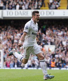 ~ Gareth Bale of Tottenham Hotspur celebrating his goal against Southampton FC ~ New York Teams, Southampton Fc, Tottenham Hotspur Fc, Gareth Bale, Cristiano Ronaldo, Premier League, Soccer, Sporty, Football