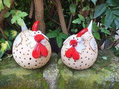 Gartenkeramik+Skulptur+Huhn+Gr.L+Vogel+Henne+Hahn+von+Terra-Cottage+auf+DaWanda.com