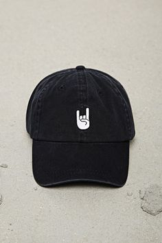 Baseball Cap Outfit 1447777a036f