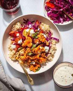 This Buffalo Cauliflower Bowl with Greek Yogurt Ranch and Spicy Quick Slaw is an easy and quick veg-packed meal perfect for lunch or dinner! All the components can be made ahead of time for a quick weekday meal. Soup Recipes, Vegetarian Recipes, Dinner Recipes, Healthy Recipes, Veggie Recipes, Delicious Recipes, Salad Recipes, Tasty, Sauce Buffalo