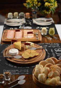 mesa, queijos