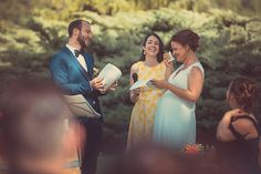 Un échange de voeux guidé entre humour et émotion Beautiful Words, Vows, Couples, Couple Photos, Most Beautiful Words, Couple Shots, Pretty Words, Romantic Couples, Couple