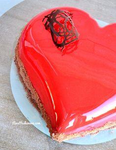 Bavarois coeur bombé & glaçage miroir rouge