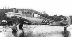 Ta 152 V7, Werknummer 110 007, in the spring of 1945.