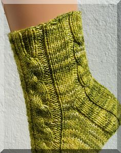 Knitting Socks, Knit Socks, Mittens, Slippers, Embroidery, Yarns, Pattern, Handmade, Clothes