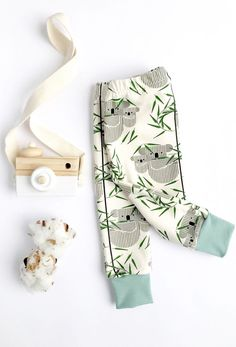 Buy Now Koala Harem Leggings. Koala Pants with Cuffs. Baby Leggings in Super Soft Designer Fabric by EmmaNealeHandmade. Cute Leggings, Baby Leggings, Bohemian Girls, Unisex Baby Clothes, Handmade Baby, Baby Boy Outfits, Fabric Design, Cute Babies, Kids Fashion