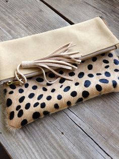 Cheetah Print Clutch / Cheetah Print Cow Hide by MLMhandbags Leather Clutch Bags, Leather Handbags, Clutch Bag Pattern, Cowhide Bag, Embroidery Bags, Cow Hide, Leather Bags Handmade, Bag Accessories, African Accessories